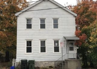Foreclosed Home in Cohoes 12047 CONGRESS ST - Property ID: 4456265572