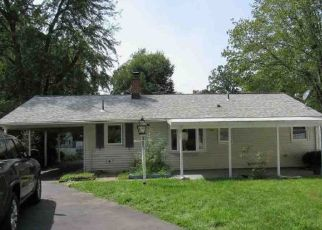 Foreclosed Home in East Hartford 06118 WOODYCREST DR - Property ID: 4456295348