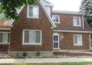 Foreclosed Home in Chicago 60643 W 97TH PL - Property ID: 4456355800