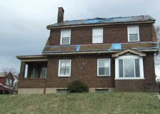Foreclosed Home in Mckeesport 15132 MCCLEARY ST - Property ID: 4456368494