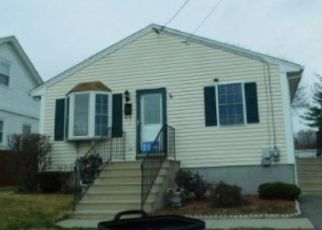 Foreclosed Home in Pawtucket 02860 MEMORIAL DR - Property ID: 4456401340