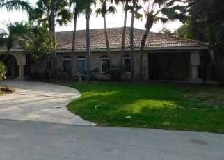 Foreclosed Home in Key Biscayne 33149 CARIBBEAN RD - Property ID: 4456423232