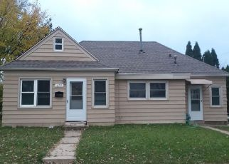 Foreclosed Home in Milwaukee 53214 S 105TH ST - Property ID: 4456452587