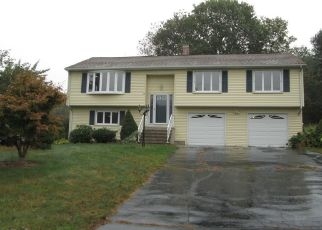 Foreclosed Home in Wallingford 06492 FAWN DR - Property ID: 4456497700