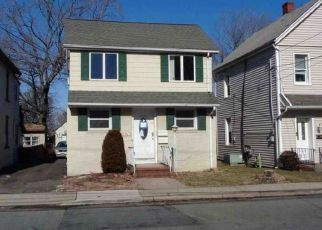 Foreclosed Home in Little Ferry 07643 WASHINGTON AVE - Property ID: 4456520917