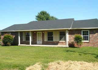 Foreclosed Home in Decherd 37324 HENLEY ST - Property ID: 4456586159