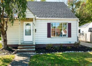 Foreclosed Home in Euclid 44132 E 260TH ST - Property ID: 4456590101