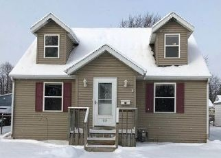 Foreclosed Home in Green Bay 54303 LINCOLN ST - Property ID: 4456608507