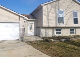 Foreclosed Home in University Park 60484 OLD FORGE CT - Property ID: 4456651874