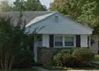 Foreclosed Home in Takoma Park 20912 KENNEWICK AVE - Property ID: 4456655364