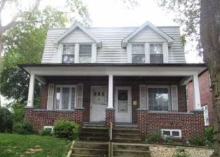 Foreclosed Home in Reading 19605 CRESCENT AVE - Property ID: 4456664114