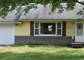 Foreclosed Home in Glasford 61533 E 10TH ST - Property ID: 4456676838
