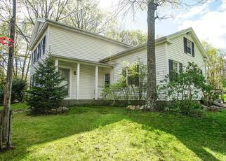 Foreclosed Home in Middlebury 06762 KISSAWAUG RD - Property ID: 4456743848