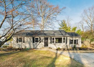 Foreclosed Home in Woodbury Heights 08097 PARK AVE - Property ID: 4456814799