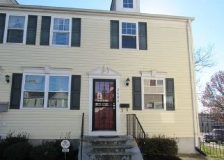 Foreclosed Home in Hyattsville 20785 KENT VILLAGE DR - Property ID: 4456943551