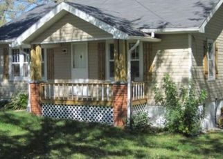 Foreclosed Home in Salem 65560 E 10TH ST - Property ID: 4457034655