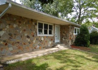 Foreclosed Home in National Park 08063 RED BANK AVE - Property ID: 4457086776