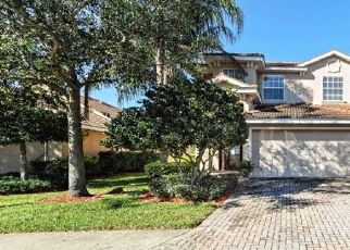Foreclosed Home in Bradenton 34212 WINDING RIVER TRL - Property ID: 4457104283