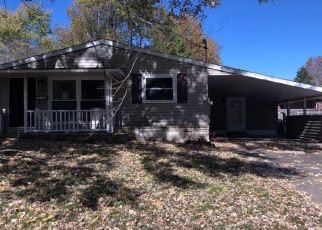 Foreclosed Home in Anna 62906 PLUM ST - Property ID: 4457110869