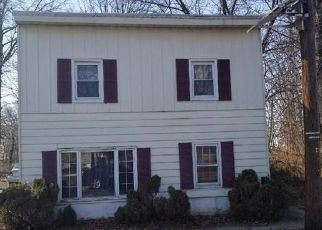 Foreclosed Home in South Plainfield 07080 DELMORE AVE - Property ID: 4457188377