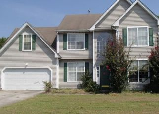 Foreclosed Home in Suffolk 23434 ROCKLAND TER - Property ID: 4457192319