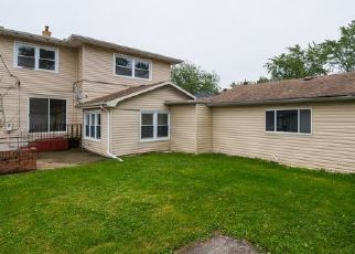 Foreclosed Home in Lansing 60438 WENTWORTH AVE - Property ID: 4457208527