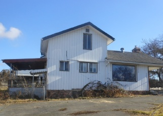 Foreclosed Home in Medford 97504 ROYAL CREST RD - Property ID: 4457232620