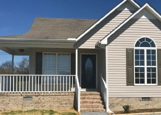 Foreclosed Home in Fayetteville 37334 BRIDGEFIELD DR - Property ID: 4457373199