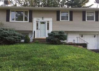 Foreclosed Home in Warminster 18974 MIRANDA LN - Property ID: 4457377586