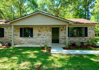 Foreclosed Home in Saraland 36571 FOREST AVE - Property ID: 4457415245