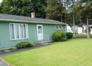Foreclosed Home in Norwich 06360 FARNHAM CT - Property ID: 4457427514