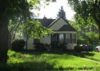 Foreclosed Home in Redford 48240 GARFIELD - Property ID: 4457463429