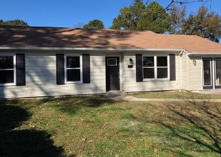 Foreclosed Home in Portsmouth 23703 OLD CHURCH CIR - Property ID: 4457472178
