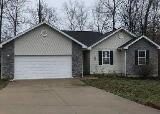 Foreclosed Home in Saint Robert 65584 TALLADEGA RD - Property ID: 4457527820