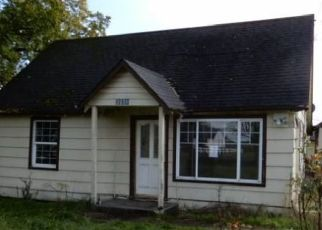 Foreclosed Home in Eugene 97402 ROYAL AVE - Property ID: 4457541837