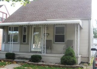 Foreclosed Home in Lincoln Park 48146 MONTIE RD - Property ID: 4457550589