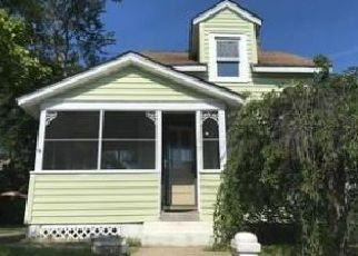Foreclosed Home in Island Heights 08732 CENTRAL AVE - Property ID: 4457579489