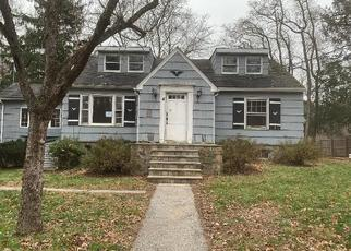 Foreclosed Home in Cortlandt Manor 10567 FOWLER AVE - Property ID: 4457617150