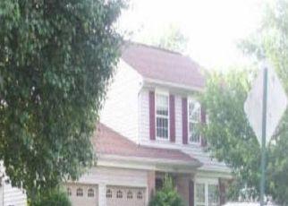 Foreclosed Home in Cincinnati 45251 BENTBROOK DR - Property ID: 4457618920