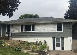 Foreclosed Home in South Saint Paul 55075 20TH AVE N - Property ID: 4457625479
