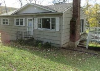 Foreclosed Home in Ridgefield 06877 BATES FARM RD - Property ID: 4457734535