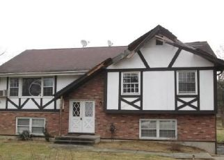 Foreclosed Home in Danbury 06811 RIDGE RD - Property ID: 4457756429