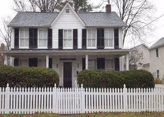 Foreclosed Home in Leesburg 20176 CORNWALL ST NW - Property ID: 4457911472