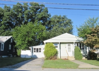 Foreclosed Home in Providence 02904 MCGUIRE RD - Property ID: 4457912346