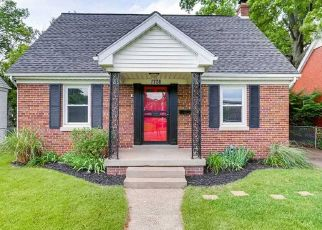Foreclosed Home in Evansville 47714 WASHINGTON AVE - Property ID: 4457960983