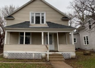 Foreclosed Home in Minneapolis 55411 MORGAN AVE N - Property ID: 4458032352
