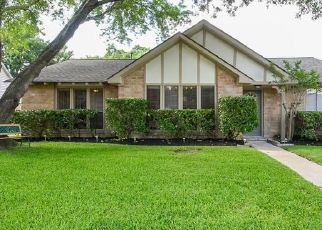 Foreclosed Home in Katy 77450 PARK VALLEY DR - Property ID: 4458034999