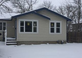 Foreclosed Home in Cheyenne 82001 MCCOMB AVE - Property ID: 4458044621