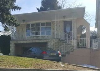 Foreclosed Home in Kearny 07032 N MIDLAND AVE - Property ID: 4458045493
