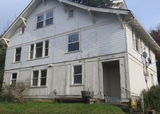 Foreclosed Home in Astoria 97103 FLORAL ST - Property ID: 4458081856